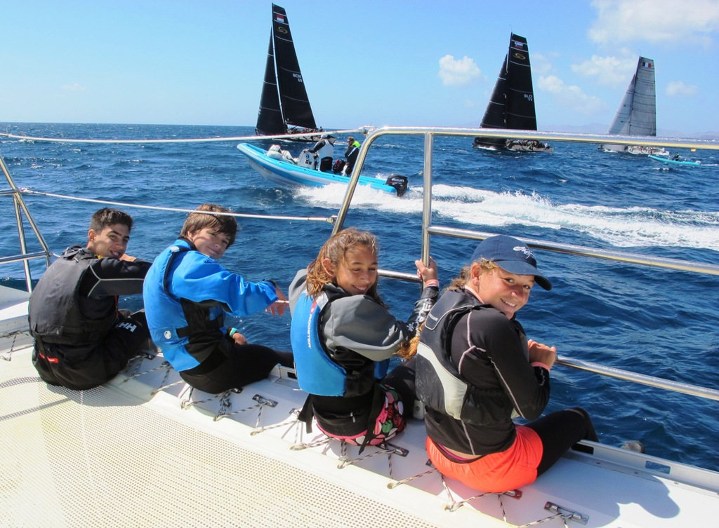 international waters rc boats with Rc44 Calero Marinas Cup 2018 on Rc44 Calero Marinas Cup 2018 also Viewtopic besides Propeller Charts moreover Propeller Charts as well 2011 04 01 archive.