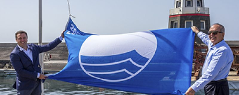 THE BLUE FLAG IN PUERTO CALERO: A COMMUNITY ACHIEVEMENT